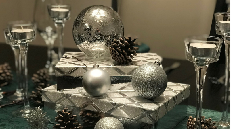 Stunning Christmas Tablescape on a Budget